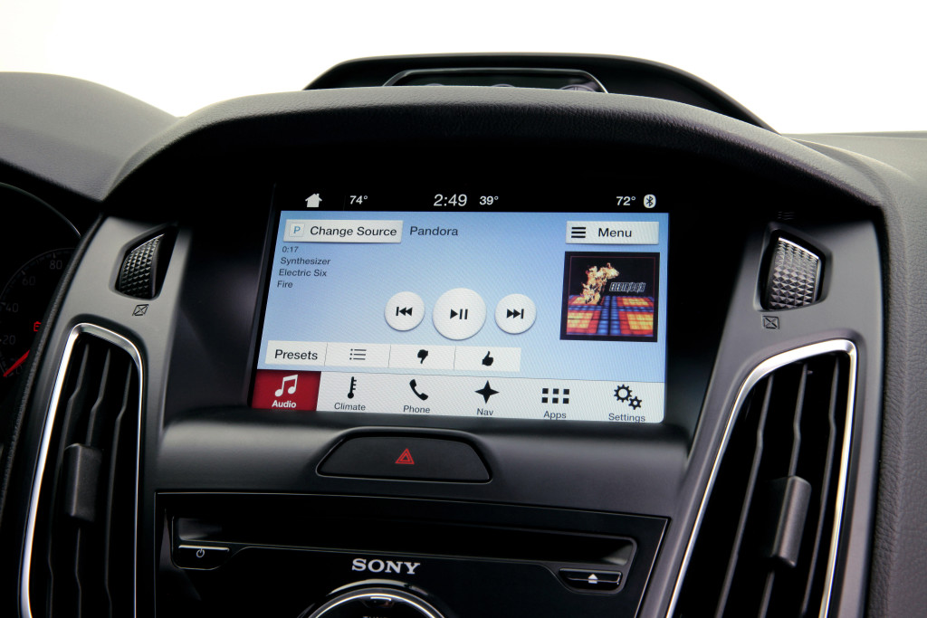Ford's new SYNC 3 makes debut in 2016