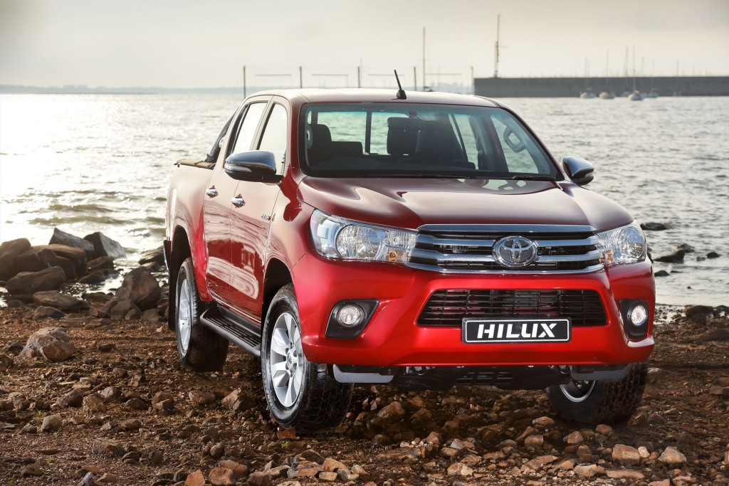 NewToyota Hilux reviewed in SA